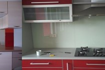 Lacobel_kuhinja1-horz_210_140_cut